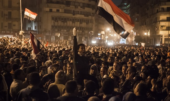 "Incited masses in Cairo during ""Arab Spring"""